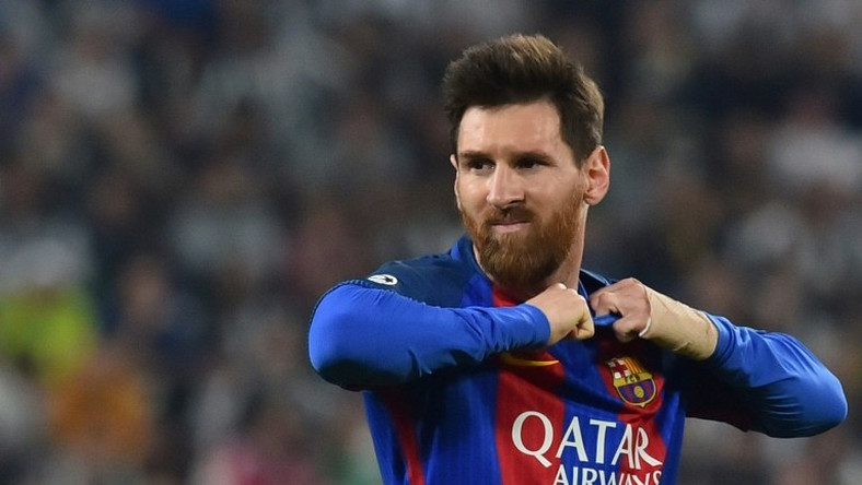 lionel messi stay extended in Barcelona till 2022
